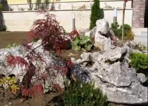 алпинеум с камъни