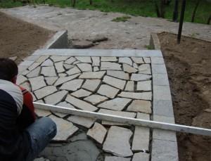 подреждане на камъните