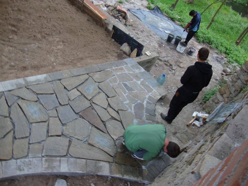 фугиране на естествени камъни