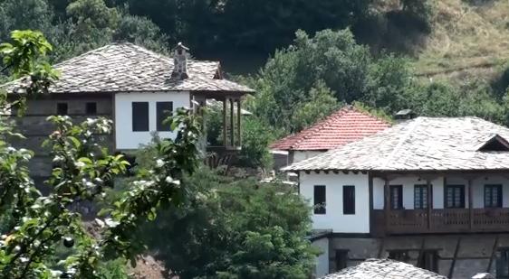 гнайс от Ивайловград за покриви