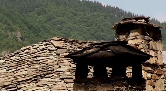 реставриране на каменни покриви
