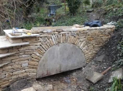 суха зидария от камъни