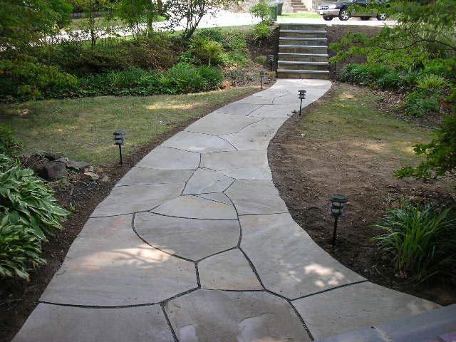 пътека от камъни