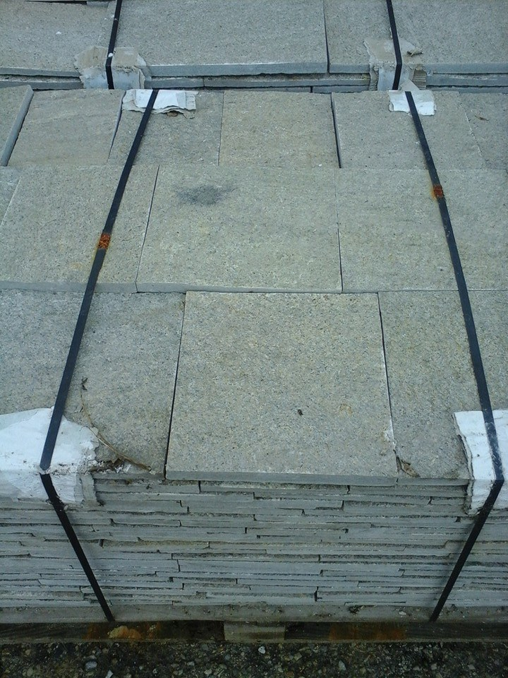 камък гнайс от Ивайловград