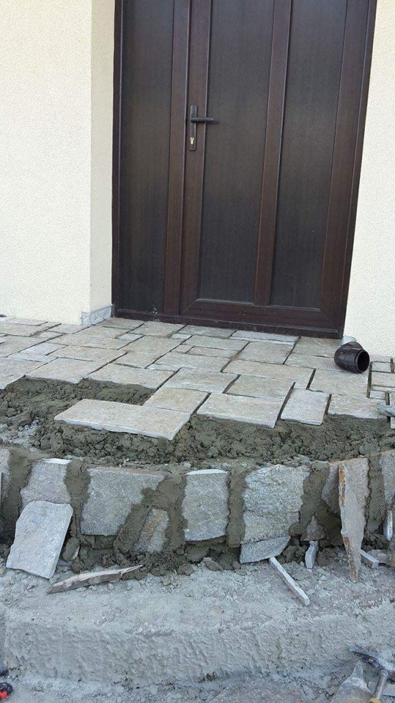 гнайс за облепване на стълбище