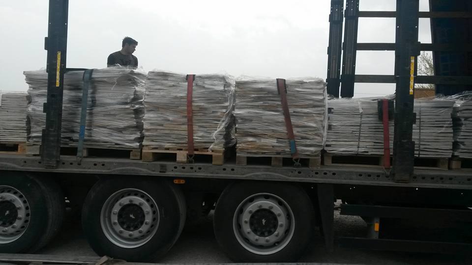ивайловградски камък на палети транспорт