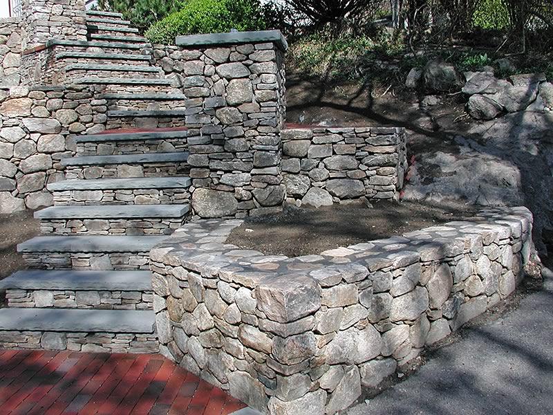 камък за подпорна стена