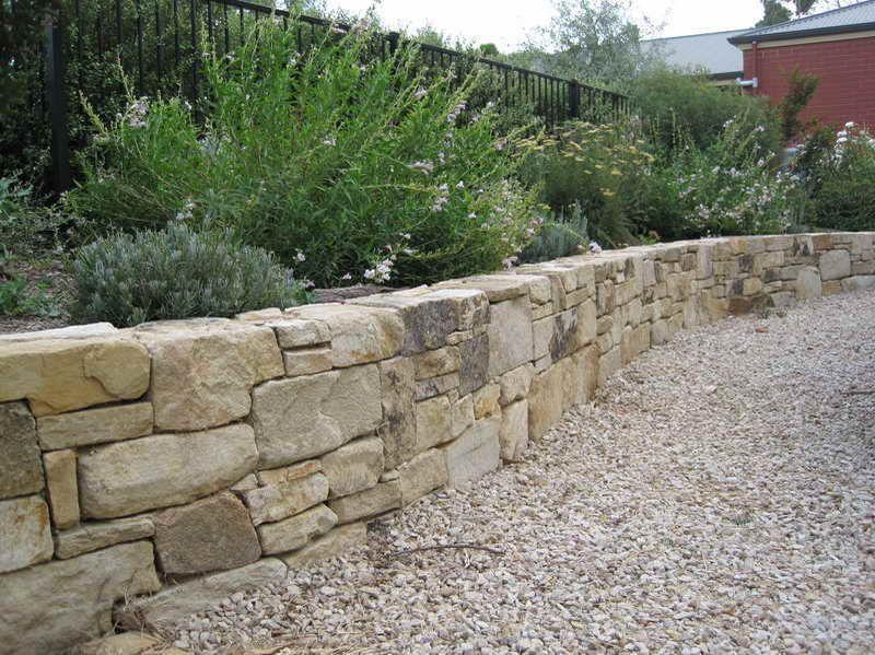 камък за суха зидария
