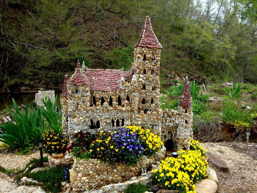 замък от камъчета