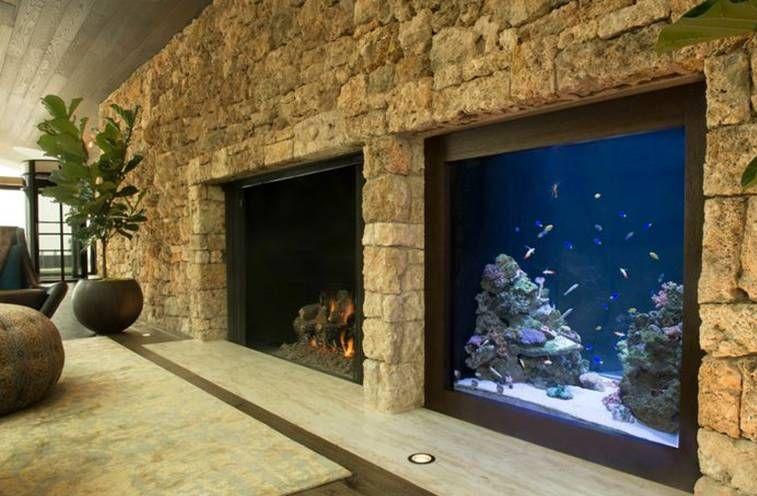 Камина комбинирана с аквариум